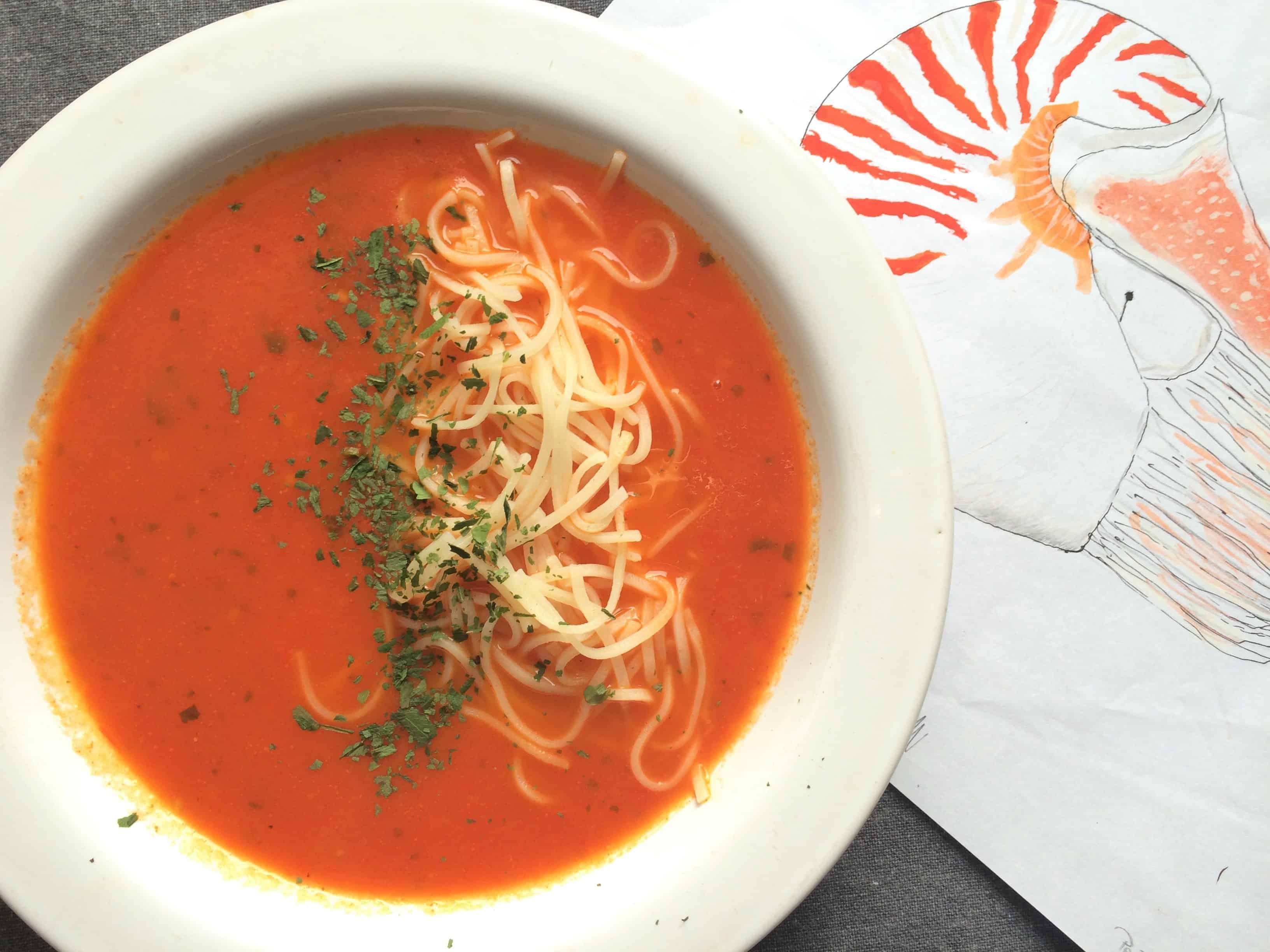 zupa pomidorwa z czosnkiem i pławikiem