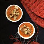 Kremowa zupa z czerwonych i pomarańczowych warzyw