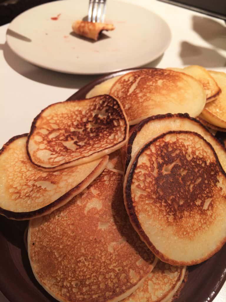Oladuszki – placuszki na kefirze z daleka