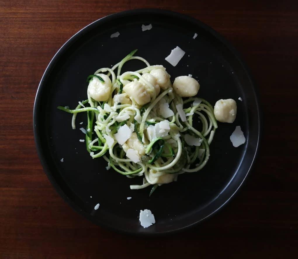 Gnocchi z cukiniowym spaghetti